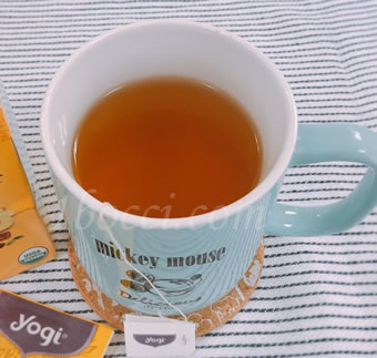 Yogi Tea マンゴージンジャー カフェインフリーの生姜感