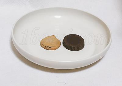 Atkins オーガニック・ピーナッツバターカップ ミルクチョコレートとカントリーマアムの厚さの比較
