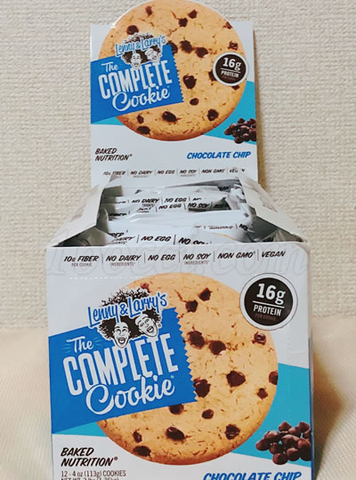 Lenny&Larrys The COMPLETE Cookieコンビニ・ドラックストア陳列